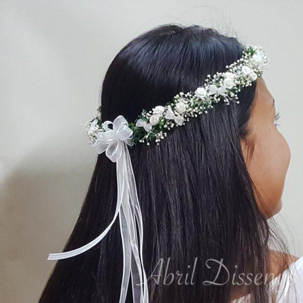 Corona de Flores Blancas y Paniculata