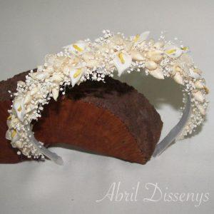 Diadema flores secas y calitas