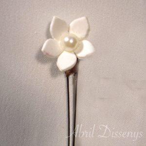 Horquillas flor porcelana Perla