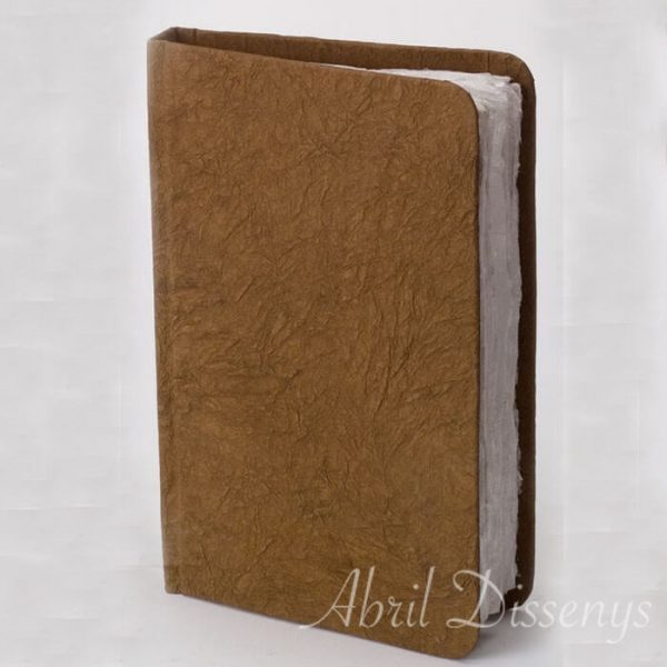 Libro de papel acuarela hecho a mano