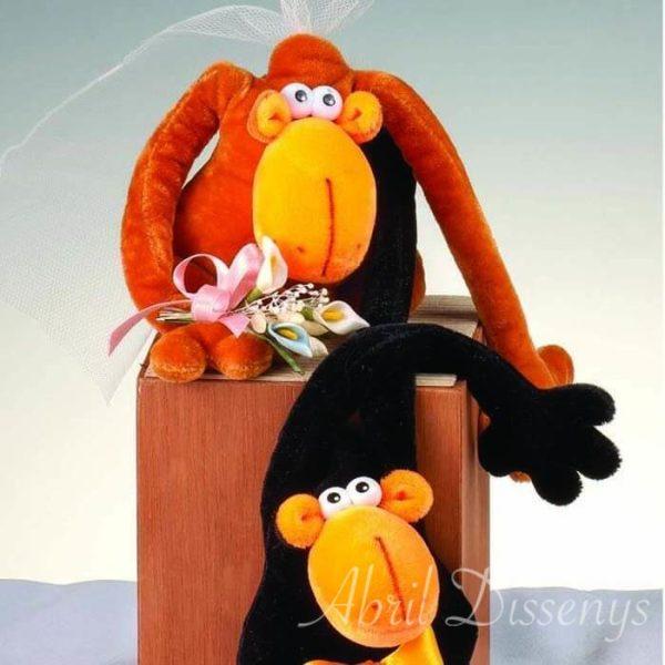 Novios monos en cubo madera pastel personalizado