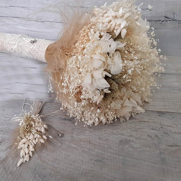 Ramo de novia de flor seca blanca Laia