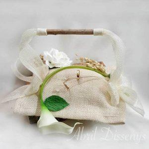 Cesta anillos calas y gardenias