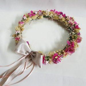 Corona de flores provenzales