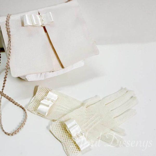 Conjunto guantes y bolso para móvil