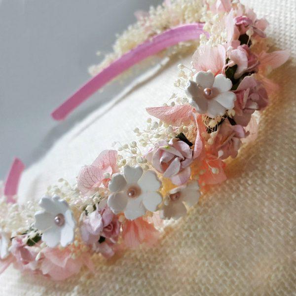 Diadema de flores de porcelana y secas