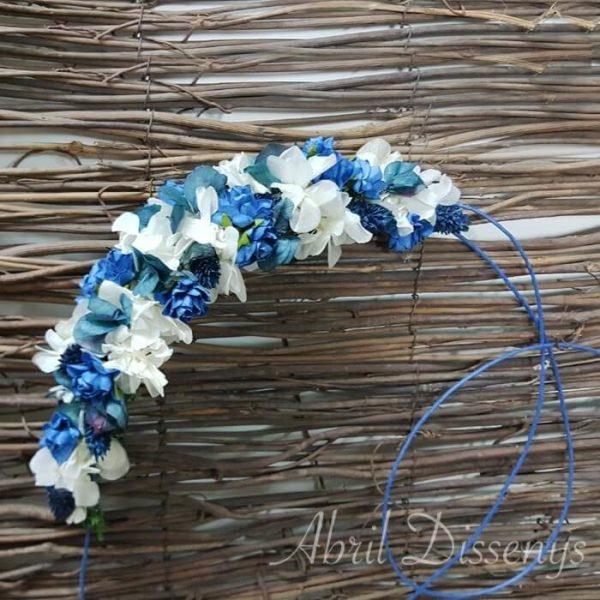 Tocado o corona hortensia y flor azul