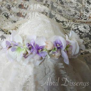 Corona flores artificiales violett 55x6