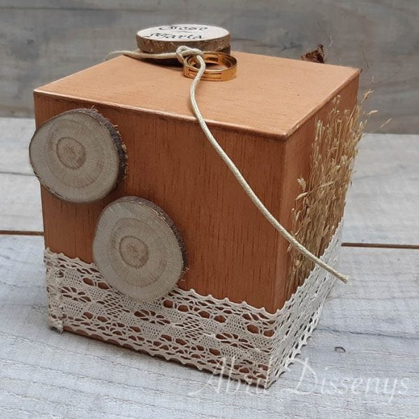 Cubo decorado anillos y mensaje