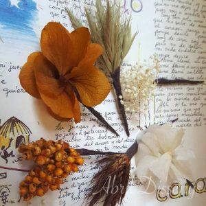 Pin pelo surtido flor seca