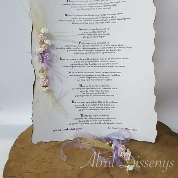 Pergamino con poesía con Cenefa de flores