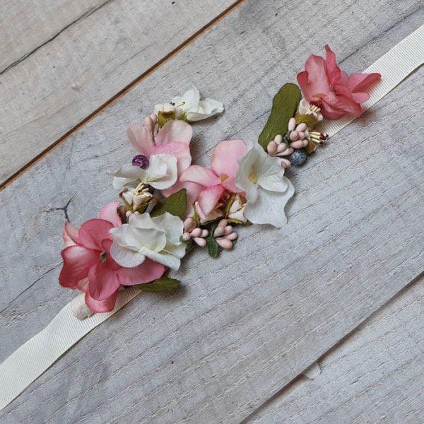 Cinturón de flor y fantasías