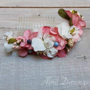 Peineta de flores y fantasías