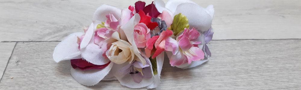 Tocados con flor para bodas