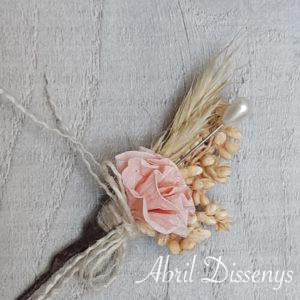 .Alfiler de boda flor seca y clavel