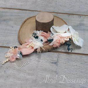 Tocado tiara con orquídea