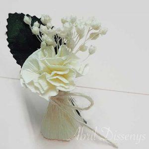 Alfiler de boda con clavel y paniculata