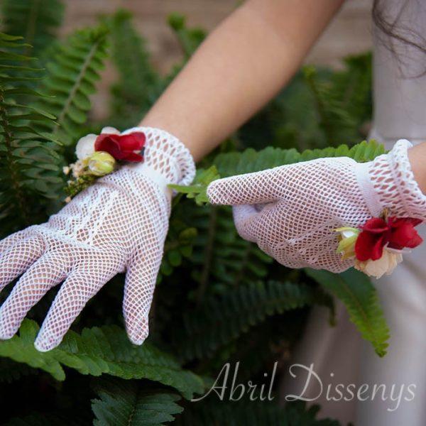 Guantes elásticos decorados con flores de la colección cerezas