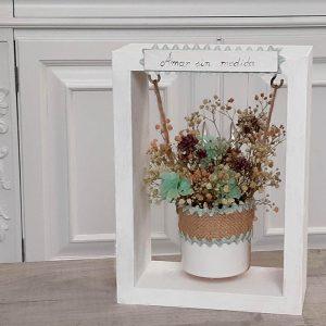 Producto: columpio-con-flores-preservadas