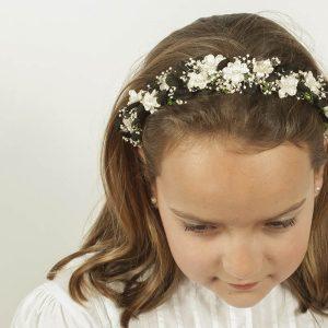 Diademas de flores blancas y negras
