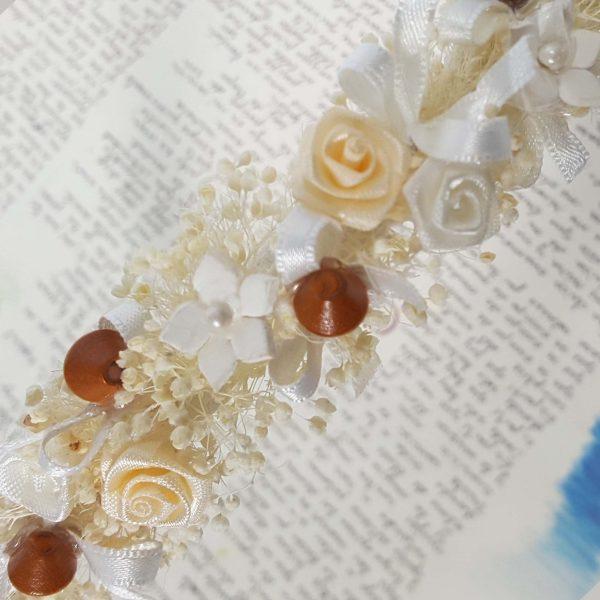 Diadema con blonda y flor turquesa y beige