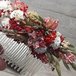La Peineta de Flores Rojas y Cava