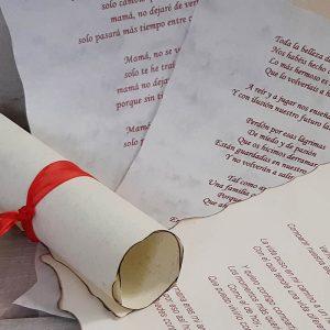 Pergaminos con Poesías para Entregar