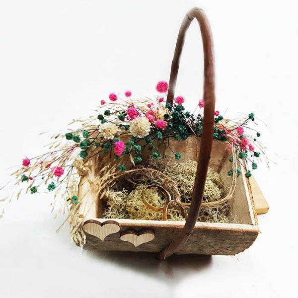 Cesta para los anillos de boda, rústica y con flores secas aire