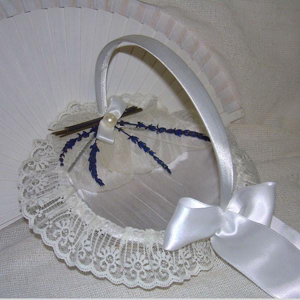 cesta de petalos o arras