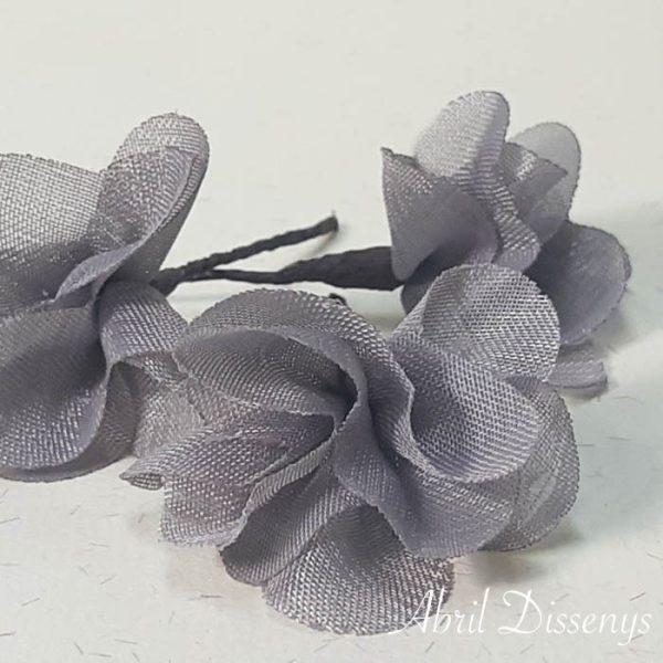 Flores Pequeñas Pelo Hortensia de Gasa Gris